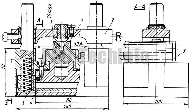 Кондуктор с пневматическим зажимом для сверления отверстий в цилиндрических заготовках